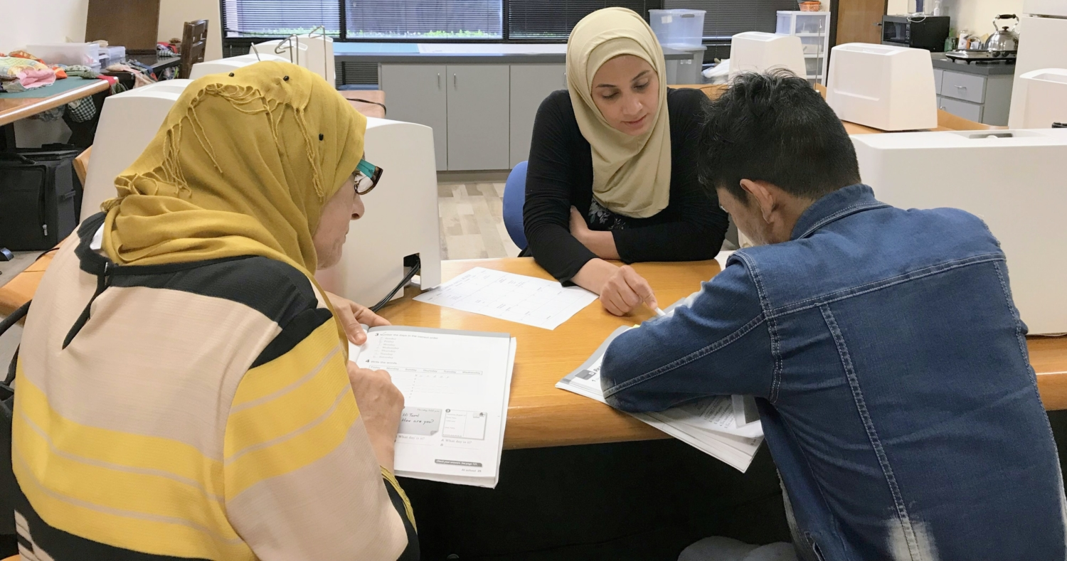 Level 4 ESL Student, Alaa, volunteers to teach Basic Class!